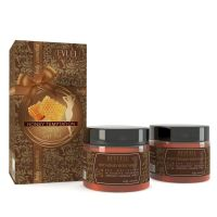 Poklon set za piling i korekciju konture tela REVUELE Honey Temptation